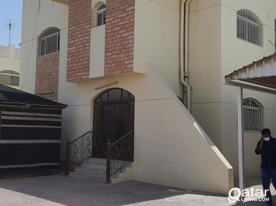 Beautifull independent 6bhk villa in Al Hilal