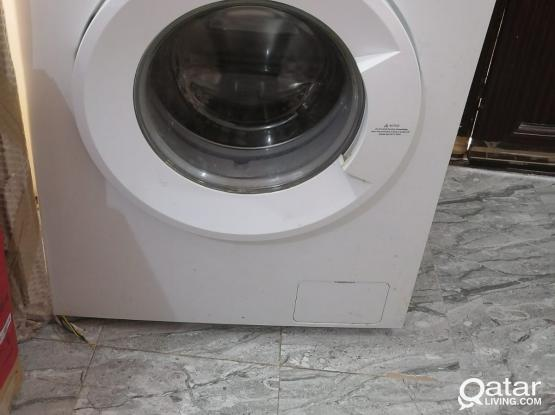 TCL Front Load Washing Machine 8.5Kg Mint Condition