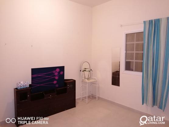 ROOM4RENT spacious retaj-A Alsaad