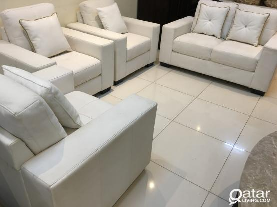Home canter Used Leather sofa set 5 setter (2+1+1+1) for sell