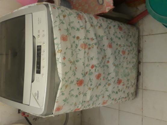 Indesit full automatic washing machine 8kg