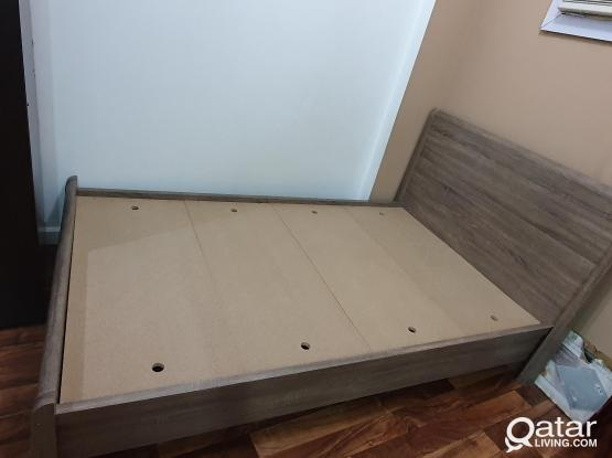 Double bed- (Home center)