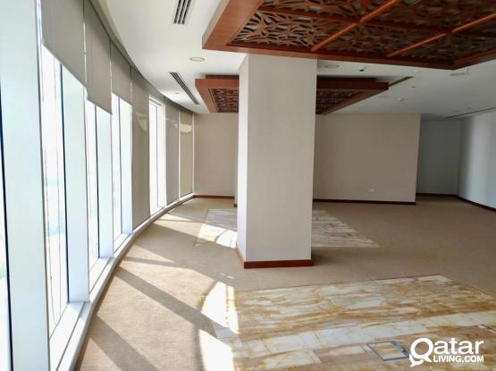 1 MONTHS FREE!! 264sqm glass partitioned office in alsadd