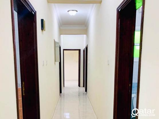 Hot Offer - Spacious  3 BHK Apartment with Balcony for Rent at madina khalifa