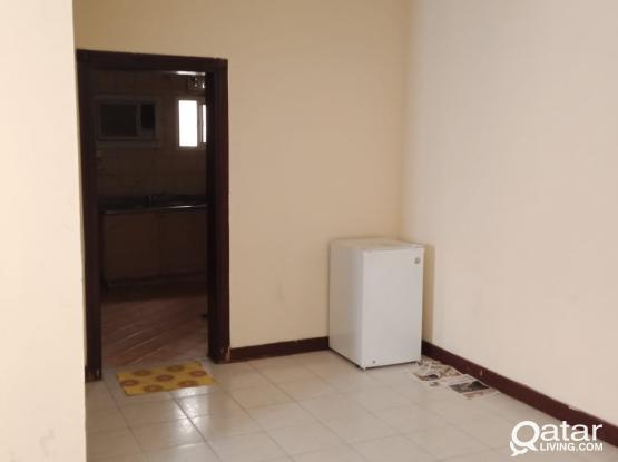 Affordable and Clean 2BHK exclusive for Bachelors in Mansoora