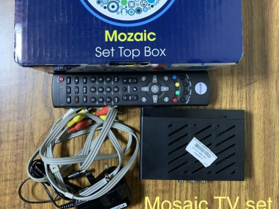 Power Cables and mosaic TV set