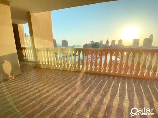 Marina View Large Apartment 2BR 3rd Floor at Porto Arabia Pearl