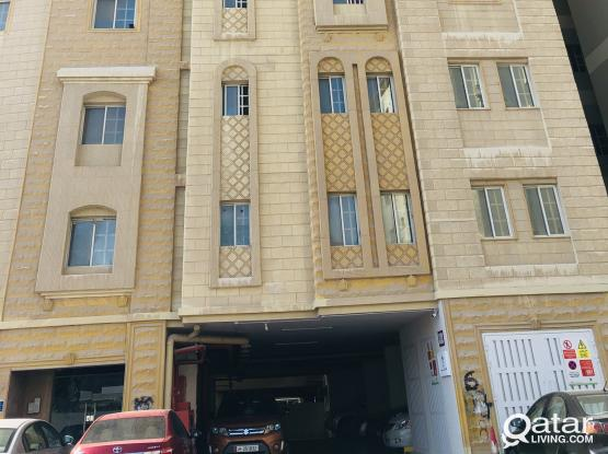 ONE MONTH FREE 2 BHK APARTMENTS AVAILABLE IN MANSOURA NEAR NASEEM AL RABEEH MEDICAL CENTER