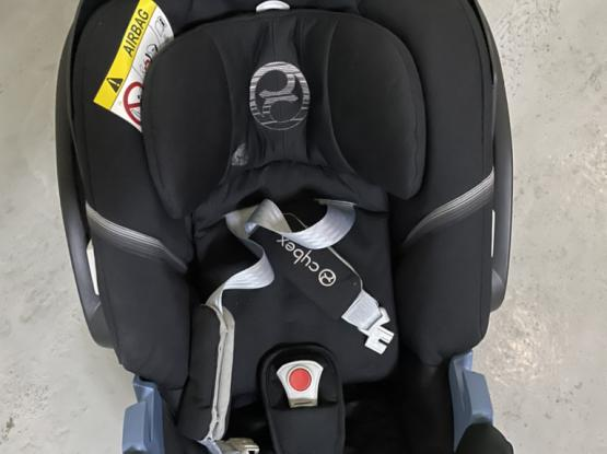 Cybex Aton5 Baby Car Seat And Base