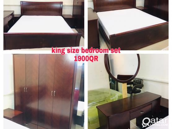 For sell used king size bedroom set 200x180cm
