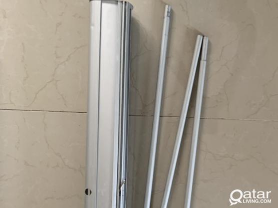 HEAVY DUTY RETRACTABLE BANNER STAND