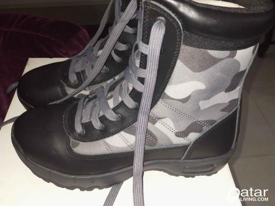 New  boots (Micam brand) for sale