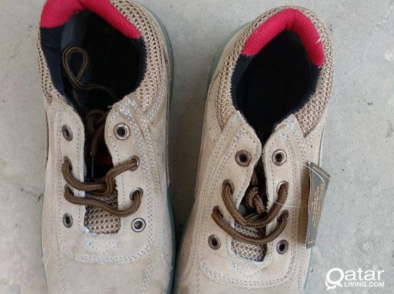 Brand New DeWalt, Miller Steel Professional Safety shoes for sale