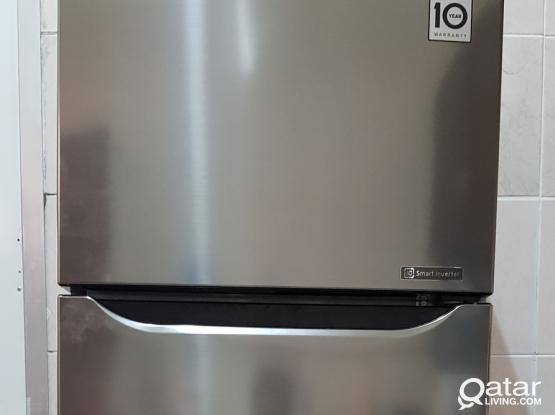 LG Refrigerator for sale - 300 Litres