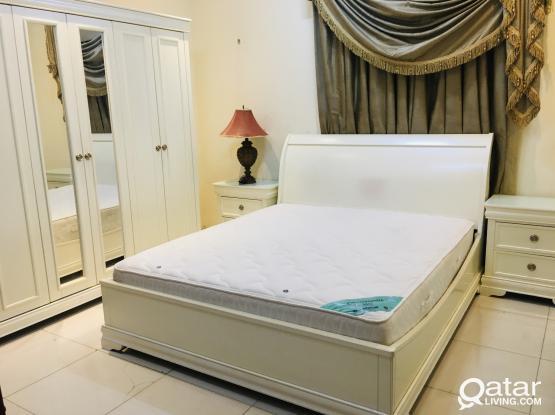 Home center Used Excellent Bedroom Set for sale