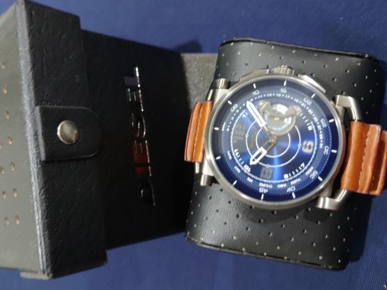 Excellent Condition Original Watches