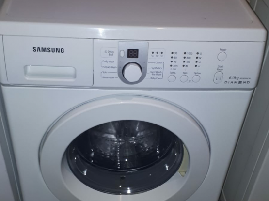 Washing machine for sale call me70697610..