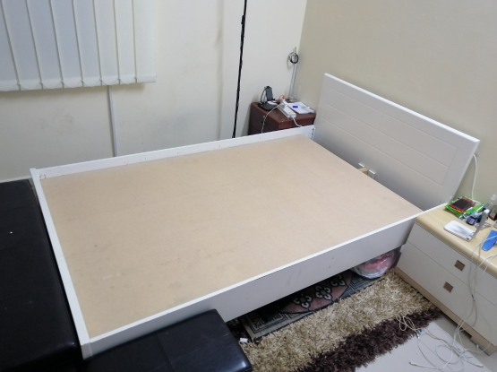 Used Double Bed + side drawer