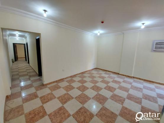 Spacious 2BHK in Bin Omran near Yarmouk Street near Green Mosque
