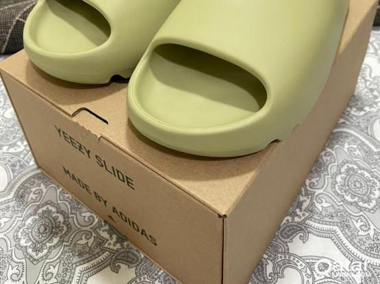 Adidas Yeezy Slide (Resin) US10/UK10