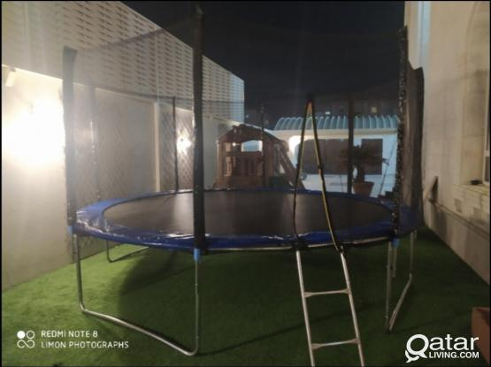 Trampoline For Kids 10 Feet