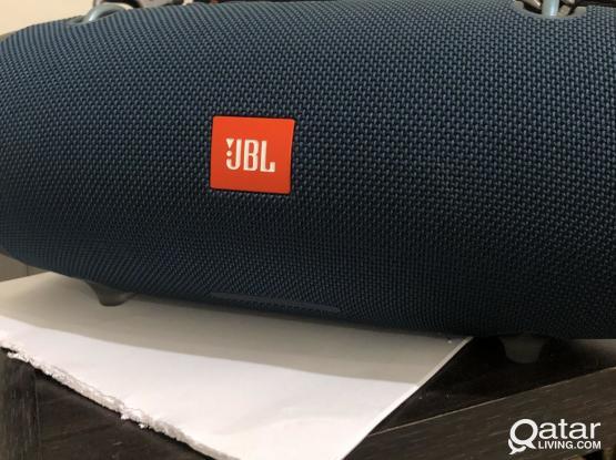 Jbl Bluetooth speakers extream2 like new rearly used 2 speakers