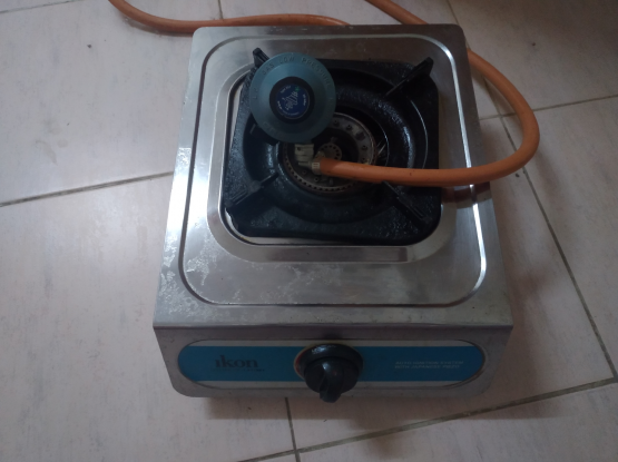 single ikon stove with regulator and pipe