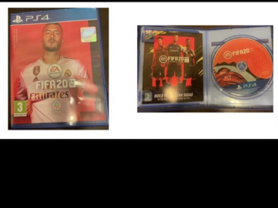 PlayStation 4 (1TB)