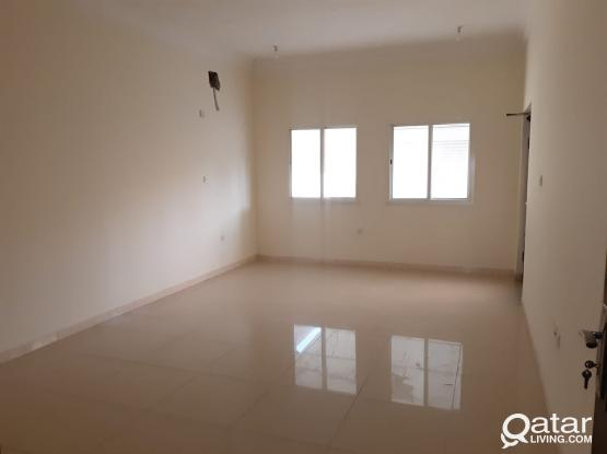 No Commission! Spacious 2 BHK Apartment available in Madinat Khalifa North