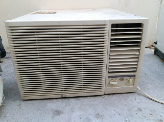 WlNDOW LG AC FOR SALE GOOD QUALITY.CALL ME70697610