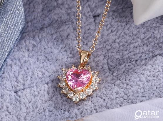 Pink heart neckless for her!!