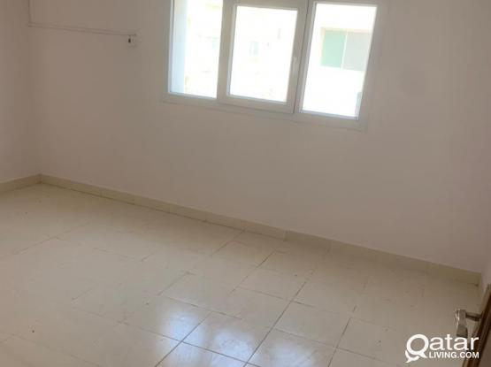 Flat for rent 4bhk in binomran ( family)