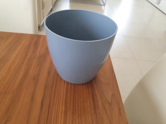 Plant pot blue