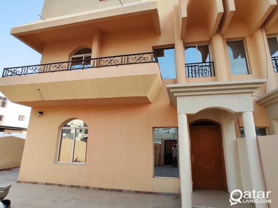 Two Family Allowed 4 Bedrooms Un Furnished Stand alone Villa in at HILAL