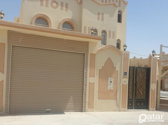Villa 8 Rooms near Doha Festival City