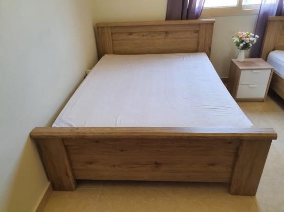 150x200 Bedframe, homesrus, 300 qar, only 6 month