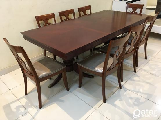 Extendable Dining table with 8 chair for sale