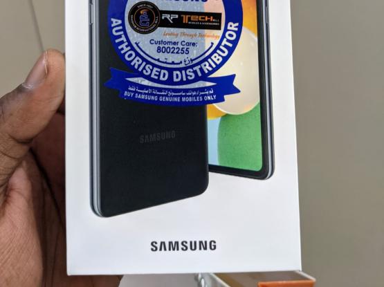 Samsung A52 5G less than 2 months old