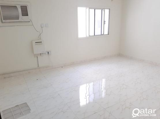 (Direct with Owner) No Commission! 2 BHK Villa Apartment at Madinat Khalifa South