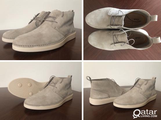 Brand New Clarks Men's Hale Lo Chukka boots, beige