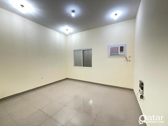 Hot Offer - 1 Month Free - Spacious 3 BHK Apartment for Rent @Bin Omran