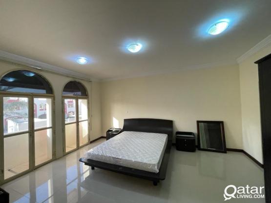 Prime Location!! 3Bedrooms ples maid villa !!! Make it yours!