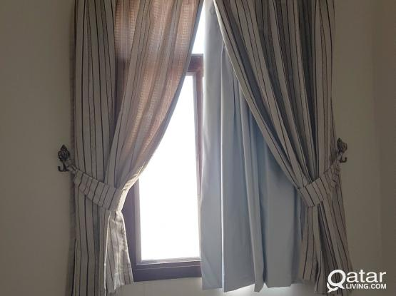 Pair of curtains cream 140x170cm x2 with blackout blind, tieback, holdback and rail mount