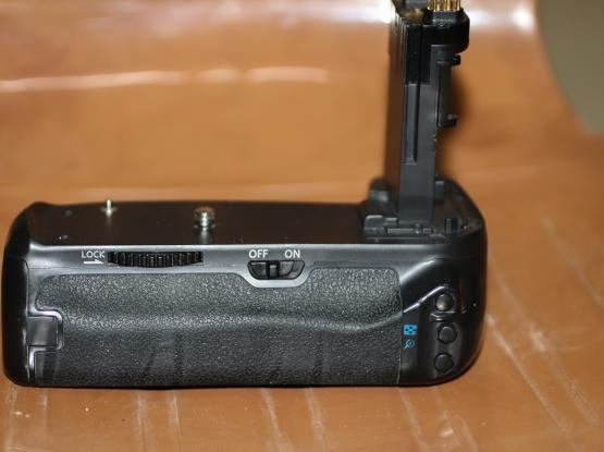 Battery Grip 80D & 70D