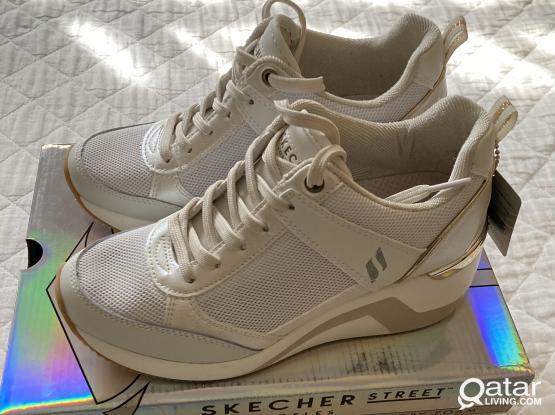 BRAND NEW Girls/Ladies Skechers Wedge Shoes (EUR 36)