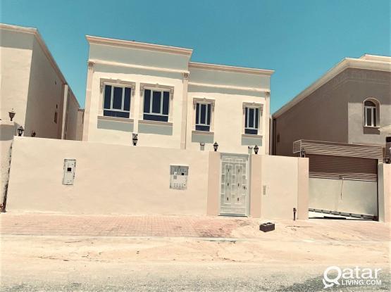 Brand New 5BR Villa For Sale in Umm Qarn - للبيع فيلا بمنطقة أم قرن