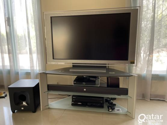 Original Sony Tv trolly by Sony Company. Elegant Design Silver color