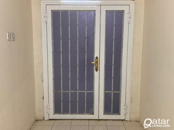 82 ROOM FOR RENT AT INDUSTRIAL AREA