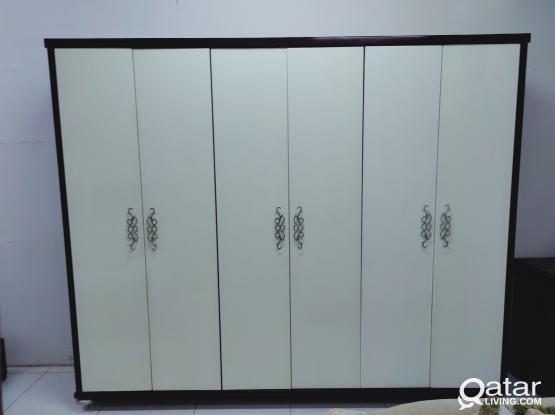 For sale 6 door cupboard
