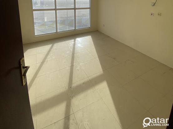2 month free Office for rent umsalal Mohamed